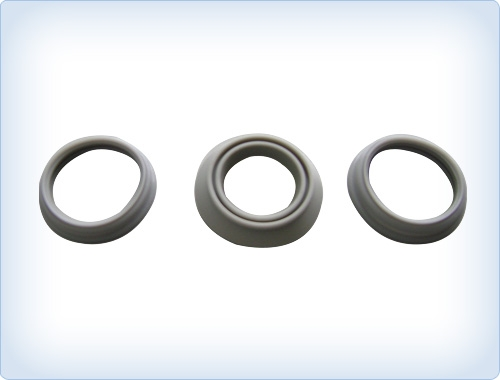 Sealing rings for hot water bottles